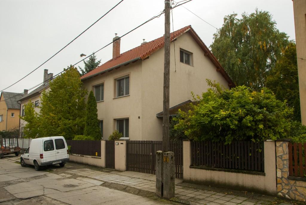 A Bajnai család eredeti bajai fészke. Innen indult útjára a kis Gordon - Fotó: PestiSrácok.hu