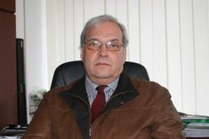 A gyűjtemény büszke tulajdonosa, dr. Melegh Gábor igazságügyi szakértő