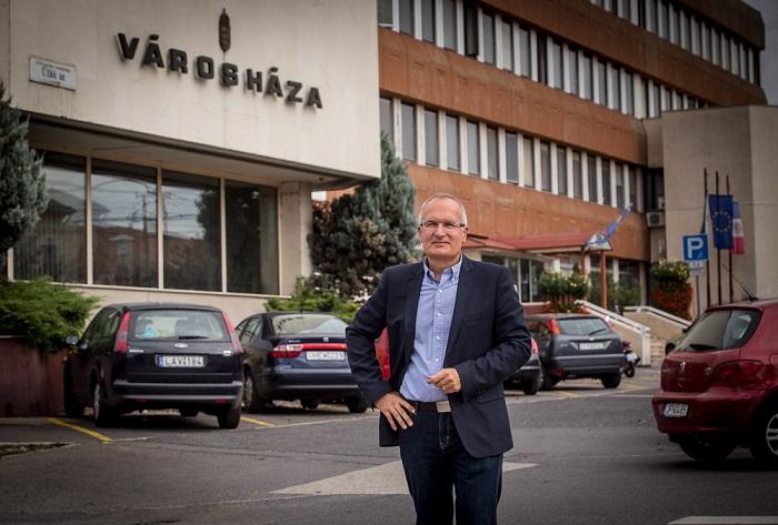 A szocialista politikus 1999 és 2003 között több mint kilencmillió forintért adott tanácsokat a XVIII. kerületi önkormányzatnak. Fotó: lorincimagazin.blog.hu
