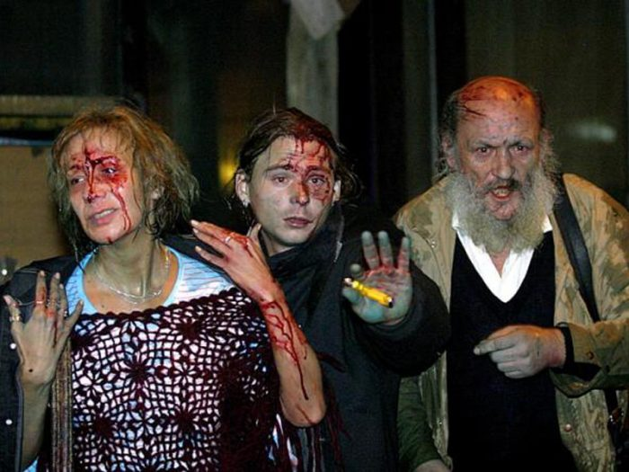 Amikor a Gyurcsány-kormány rendőrsége brutálisan lépett fel a tüntetőkkel szemben, az senkit nem zavart az Egyesült Államokban. (A Hír Tv felvétele, 2006. október 23.)