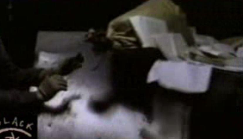 Kép a Fekete Doboz filmjéből (Dunagate) / Ill.:PS
