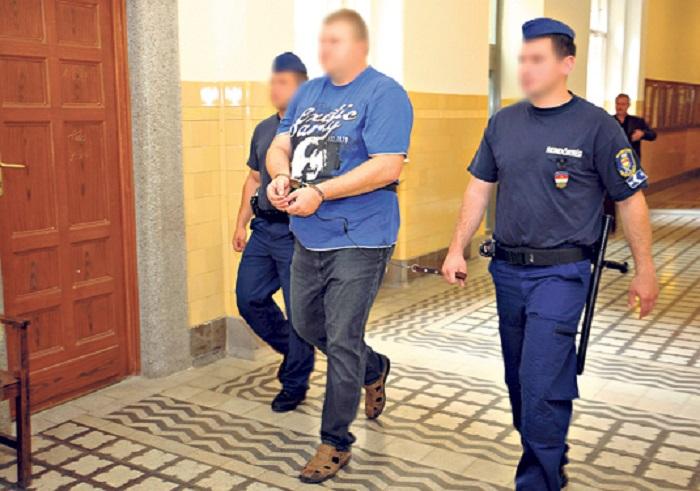 Hopka Lajos rendszeresen, majdnem minden két hétben találkozott Vizó jobbkezével, Varga Istvánnal Fotó: blikk.hu