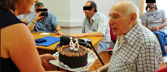 Várkonyi Tibor titkos munkatárs születésnapi ünnepsége /Forrás: Népszava