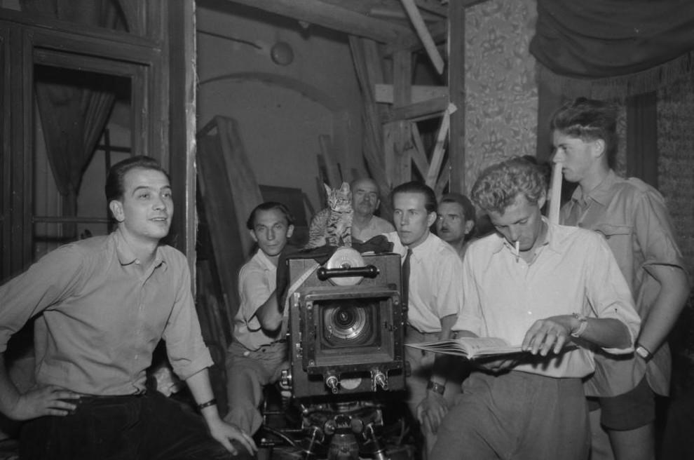 Filmforgatás, jobb szélen Kézdi-Kovács Zsolt, tőle balra Novák Márk / Fotó: Fortepan.hu