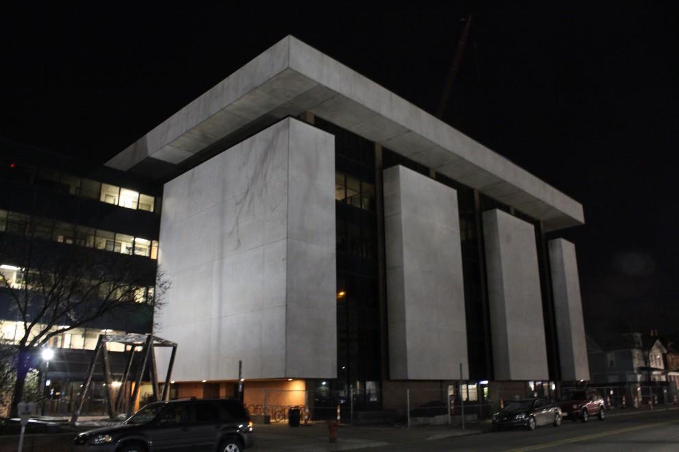 Az ISR épülete - akár egy erődítmény... / Forrás: Wikipedia.com