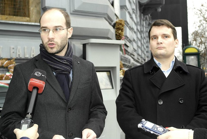 Hollik István: Meg szeretnénk oldani a pedagógusok problémáit. Fotó: Facebook.com