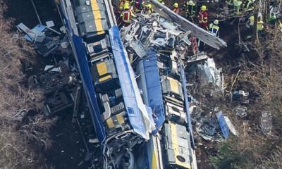 vonatszerencsétlenség telegraph.co.uk