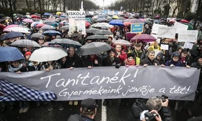 Tanítanék! - Oktatási demonstráció Budapesten Fotó: Horváth Péter Gyula