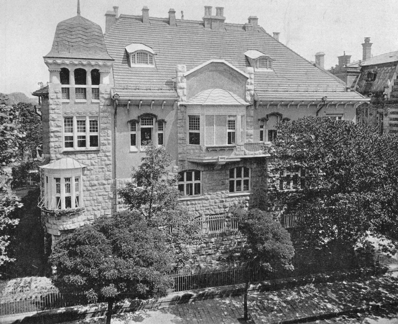 A MÚOSZ székháza, itt működött a Press-rezidentúra /Forrás: Egykor.hu
