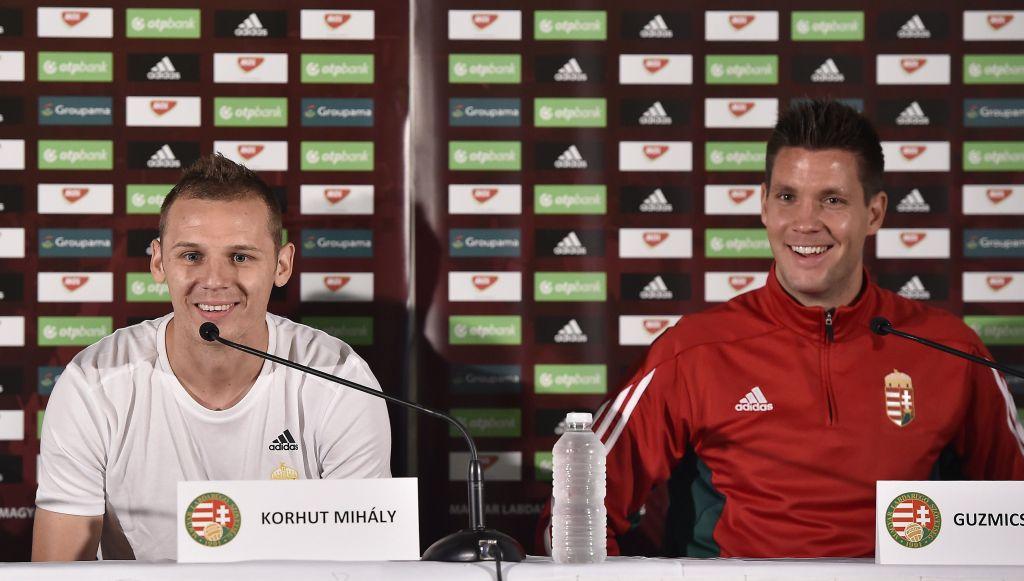 Guzmics Richárd és Korhut Mihály a vasárnapi sajtótájékoztatón (kép: MTI / Illyés Tibor)