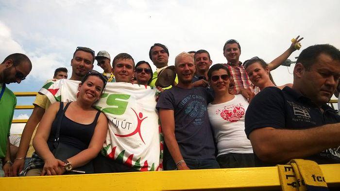 DAC-meccsen szurkolnak a Via Nova fiataljai