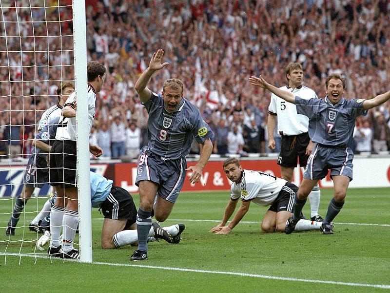 Shearer ünnepel / Fotó: Sportige.com