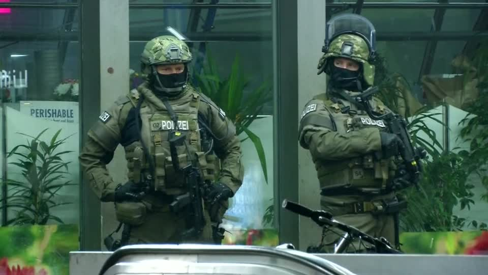 German police evacuate two train stations in Munich, saying they received a tip that a militant attack in the Bavarian capital was planned for New Year's Eve. Rough Cut (No reporter narration).