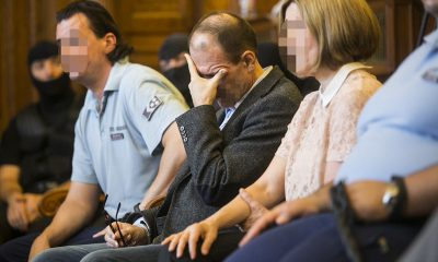 Quaestor - Megkezdődött az ügy tárgyalása a Fővárosi Törvényszéken. Tarsoly Csaba  a tárgyalóteremben az ellene és társai ellen indított büntetőper tárgyalásán a Fővárosi Törvényszéken 2016. július 12-én. Az ügyészség öt vádpontban 5458 rendbeli csalást és sikkasztást ró a vádlottak terhére. A Tarsoly Csabát érintő cselekmények száma a vád szerint 753 rendbeli. Fotó: Horváth Péter Gyula