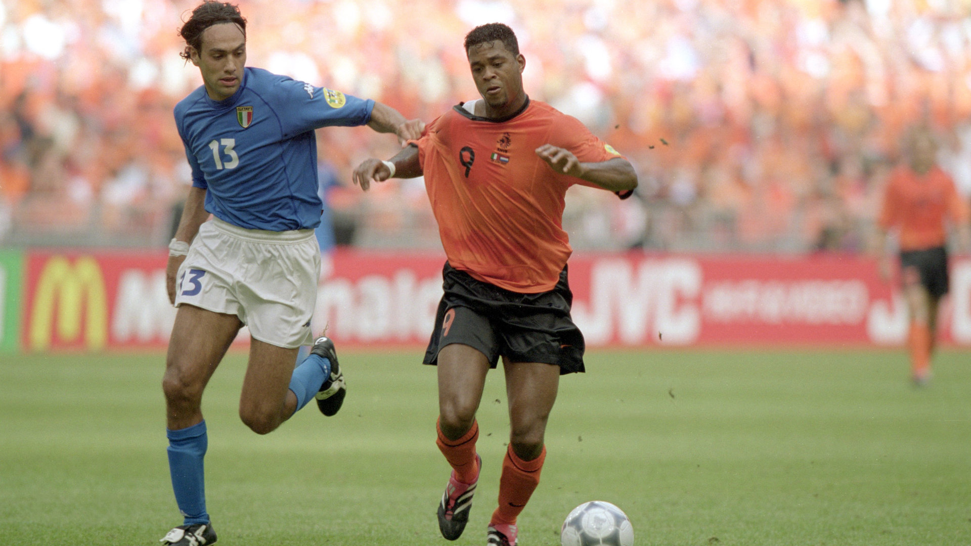 Nesta és Kluivert / Fotó: Goal.com
