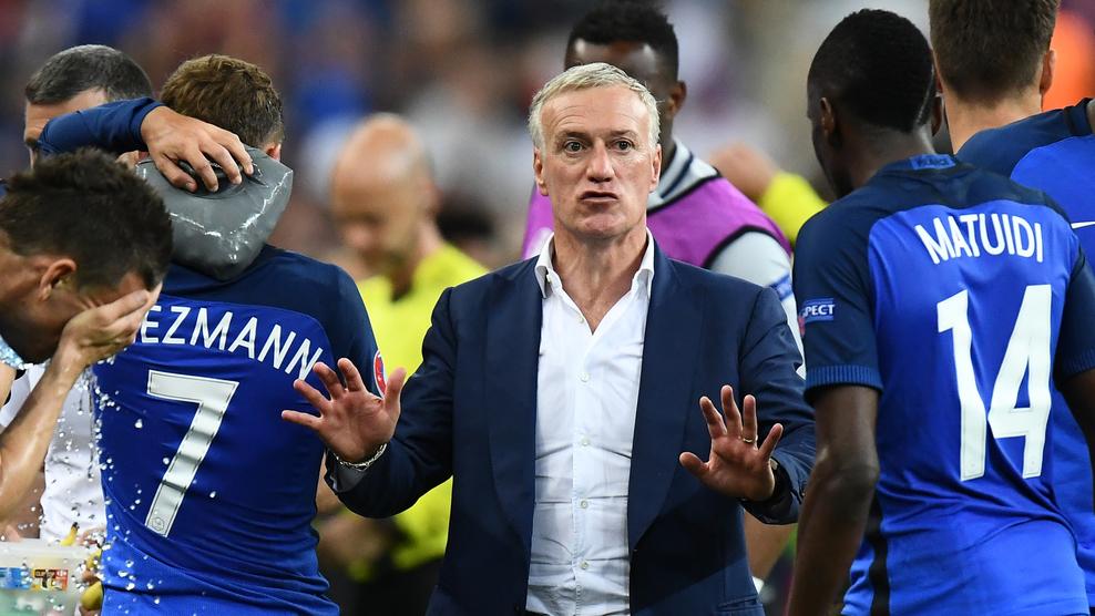 Nyugtatás - biztatás helyett / Fotó: UEFA.com