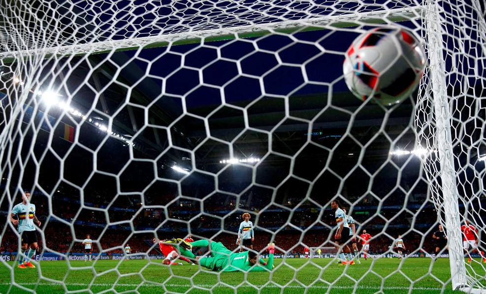 Robson-Kanu a mennyekben / Fotó: UEFA.com