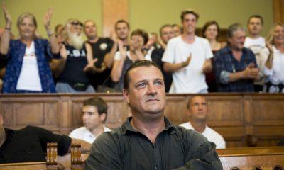 Budapest, 2016. augusztus 30. Budaházy György az ellene és tizenhat társa ellen terrorcselekmény bûntette miatt indult per tárgyalásán a Fõvárosi Törvényszék tárgyalótermében 2016. augusztus 30-án. A bíróság elsõfokú ítéletében tizenhárom év fegyházbüntetésre ítélte a terrorcselekménnyel, testi sértéssel, kényszerítéssel vádolt Budaházy Györgyöt. MTI Fotó: Mohai Balázs