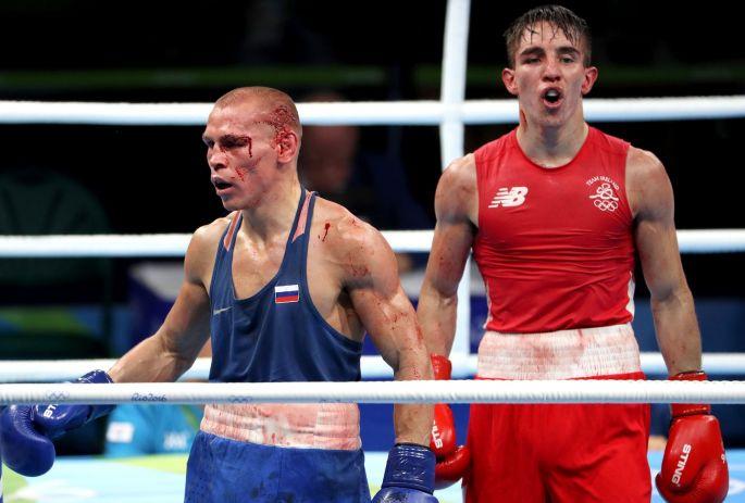 Jobbra a vesztes Conlan, balra a győztes Nyikityin (kép: irishtimes.om)