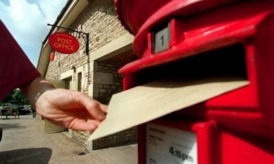 letter-being-posted-in-postbox_b