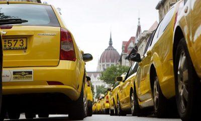 20150616taxi-taxis-tuntetes-alkotmany-utca16