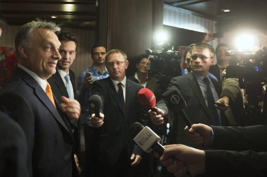 Lehet, hogy Orbán Viktornak újra az EP-ben kell szkanderoznia a brüsszeli politikusokkal. Fotó: MTI