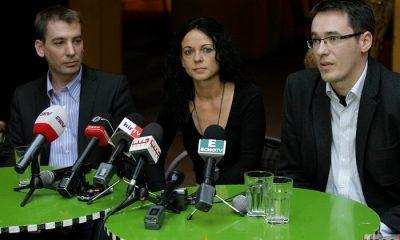 A képen: Jávor Benedek, Szabó Tímea és Karácsony Gergely