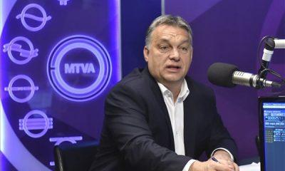 Orbán Viktor miniszterelnök a Kossuth rádió stúdiójában, ahol interjút adott a 180 perc című műsorban 2016. október 14-én. MTI Fotó: Máthé Zoltán