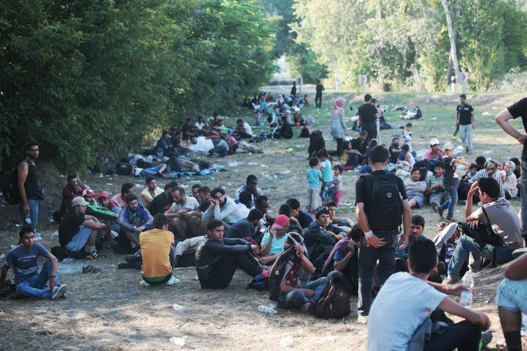 Ásotthalmot ellepték tavaly a migránsok (fotó: alfahir.hu)