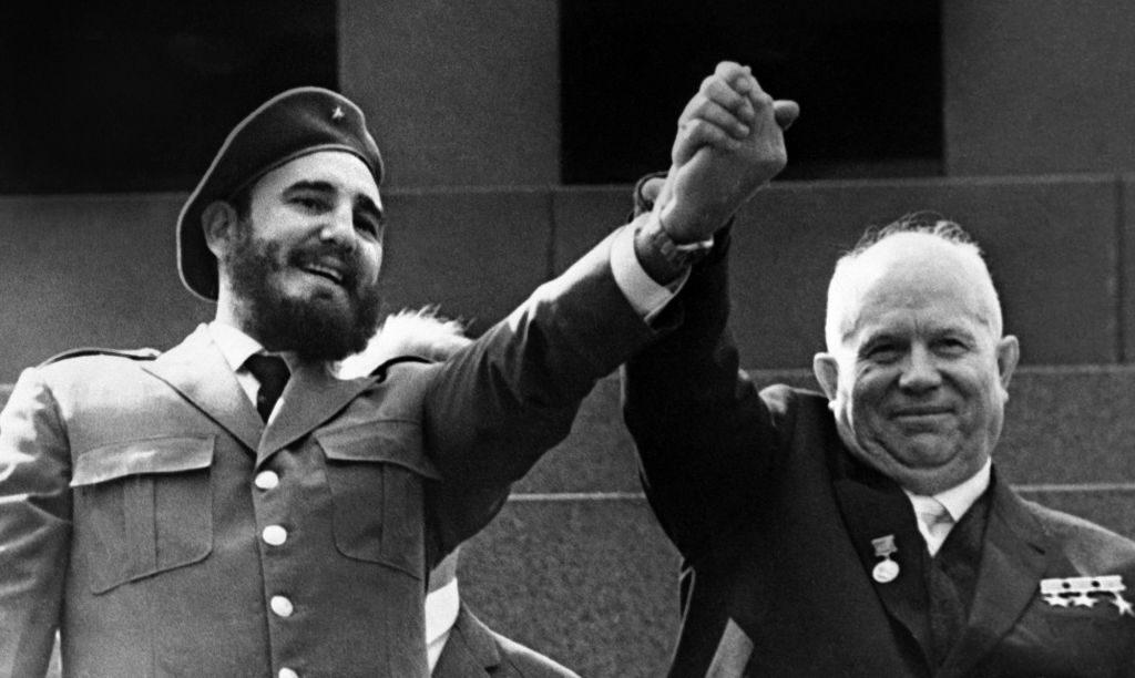Nagy volt a barátság Hruscsovval. Kuba és a Szovjetunió különböző okokból voltak fontosak egymásnak. (fotó: pinterest.com)