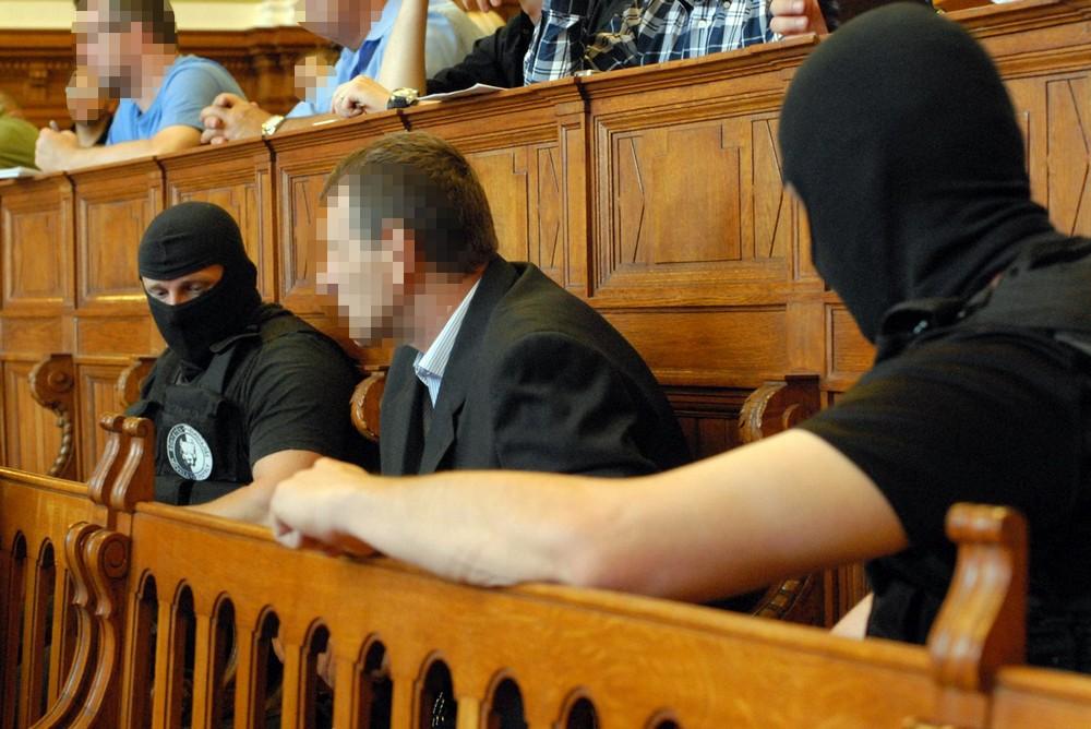 Fazekas Ferenc a vádlottak padján a Prisztás-ügy elsőfokú tárgyalásán, a Fővárosi Törvényszéken. Fotó: Mészáros Péter/PestiSrácok.hu