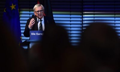 Jean-Claude Juncker, President of the European Commission, holds his 7th Europe speech The State of Europe on the anniversary of the fall of the Berlin Wall on November 9, 2016 in Berlin. / AFP / TOBIAS SCHWARZ        (Photo credit should read TOBIAS SCHWARZ/AFP/Getty Images)