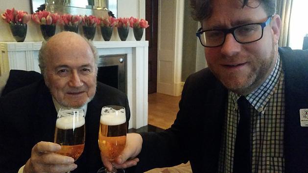 Blatter és a NemzetiSport főszerkesztője / Forrás: NSO.hu