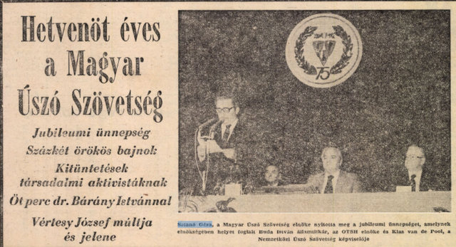 Ünnepség, balra Sztanó vezérőrnagy szónokol / Forrás: Arcanum.hu