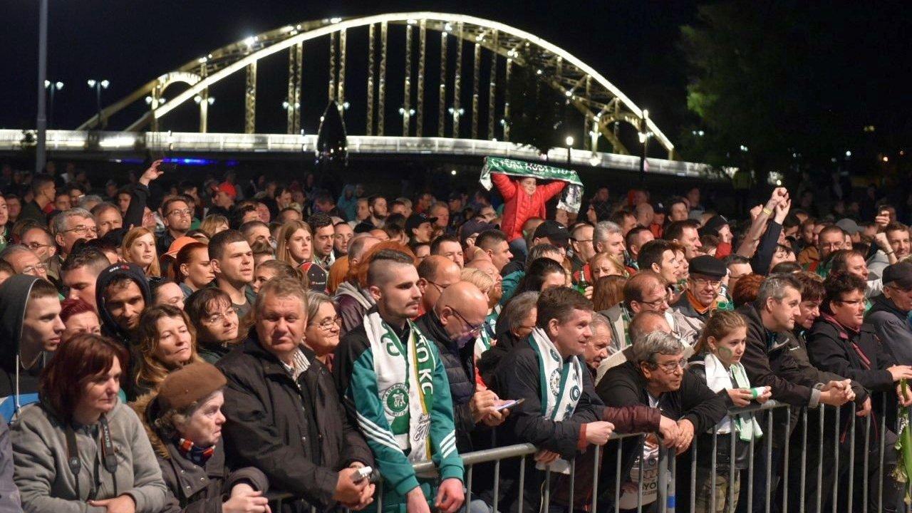 Ünneplés Győrben / Fotó: Kisalfold.hu