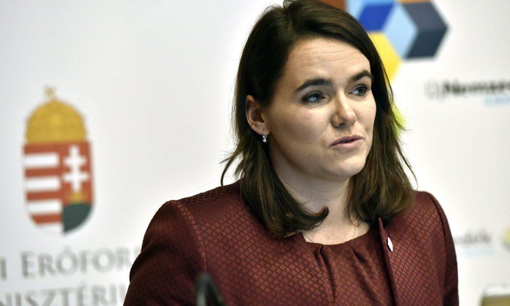 Novák Katalin: Novák Katalin Archívum