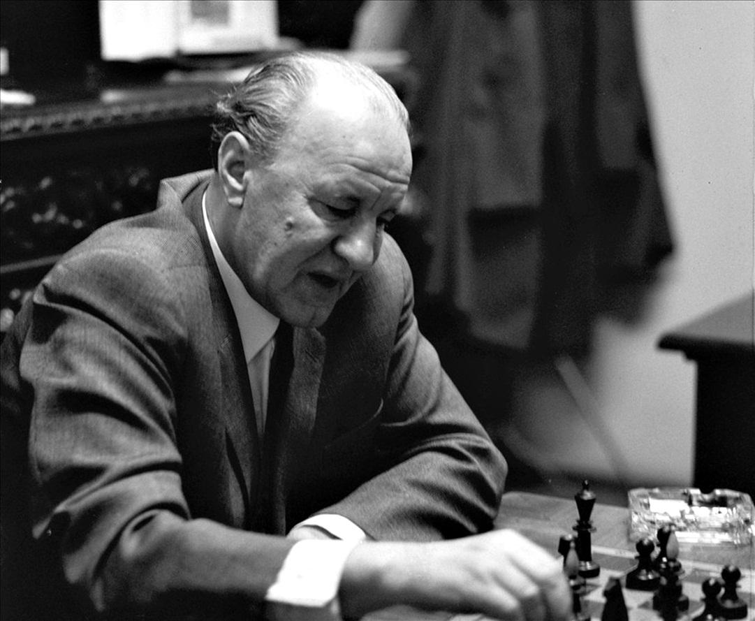 Kádár, a sakkjátékos / Fotó: MTI