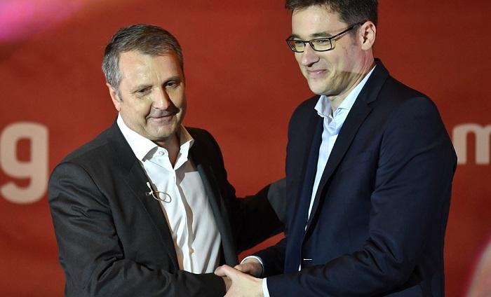 """""""Ez egy közepes méretű szocialista nagyvállalat igazgatójának a termelési  beszéde volt"""" – így reagált az MSZP-PM Orbán Viktor évértékelőjére e6619b6ce8"""