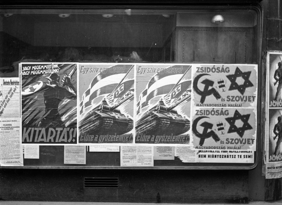 Nyilas plakát / Fotó: Fortepan.hu