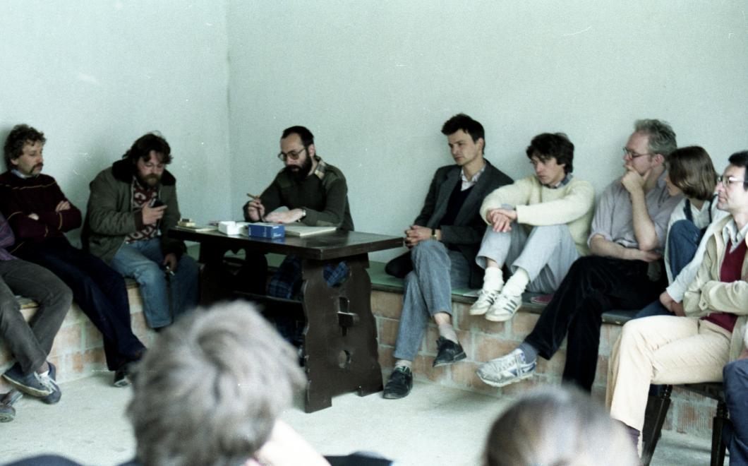 Demszky már ellenzékiként, az asztalnál a legalább bevallottan marxista TGM / Fotó: Fortepan.hu
