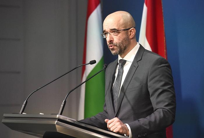 Keményen odaszólt Amerika volt budapesti nagykövetének a kormányszóvivő 4283c97446