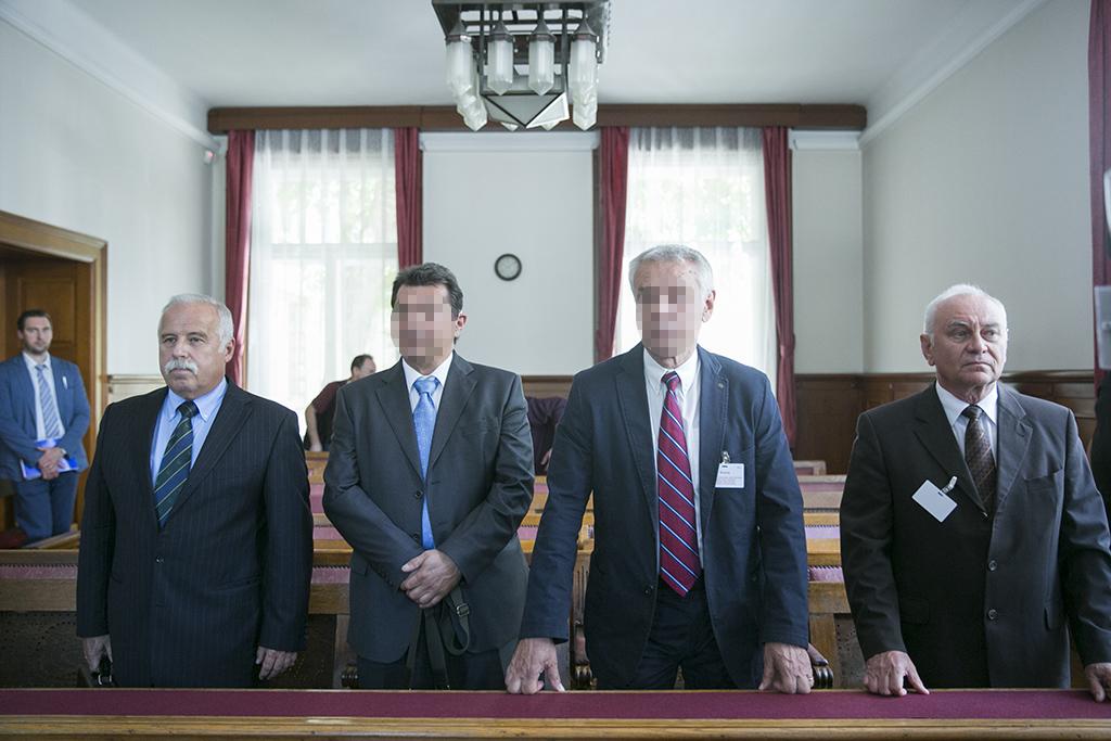 Szilvásy György (jobbról a második) a kémperben... / Fotó: Horváth Péter Gyula
