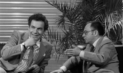 Hajdú János és Vitray Tamás nevetgél / Fotó: MTI