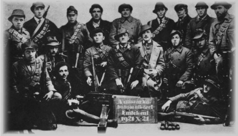 A híres Rongyos Gárda / Forrás: Múlt-kor