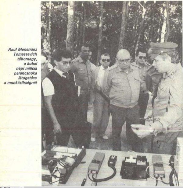 A bal szélen Rózsa-Flores, középen (kopasz elvtárs) a kubai vezető