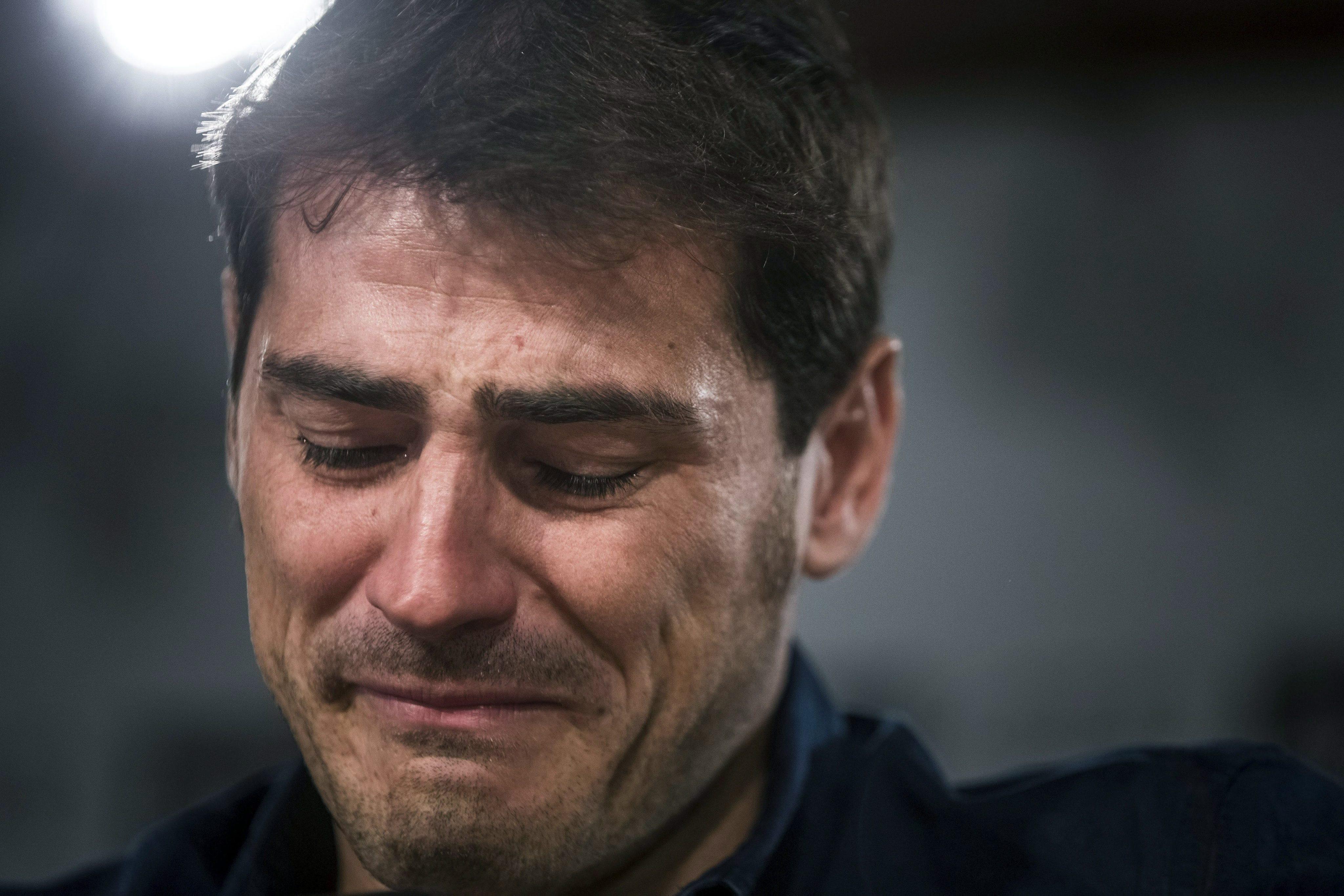 Casillas elhagyja a Realt (2015) / Fotó: MTI/EPA
