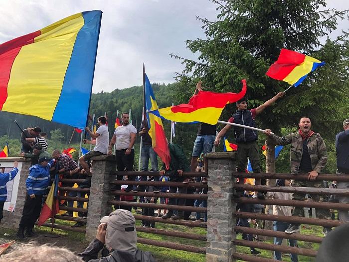 Ezt nyilatkozta Iohannis és Dăncilă az úzvölgyi incides kapcsán