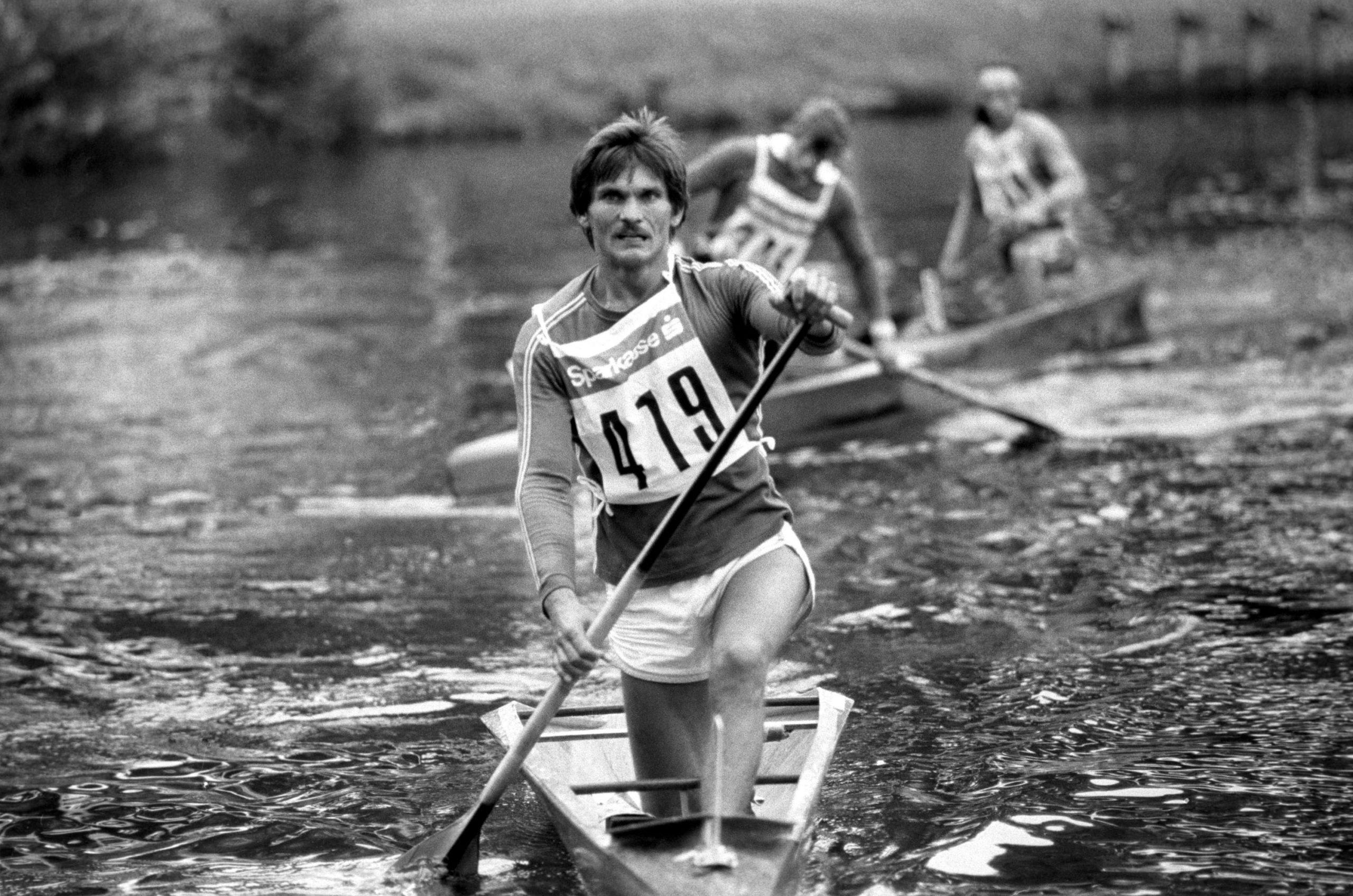 Wichmann Tamás kenus, a C-1 1000 méteres verseny gyõztese a célba érkezés után a XV. Kajak-Kenu Világbajnokságon. 1979 / Fotó: MTI