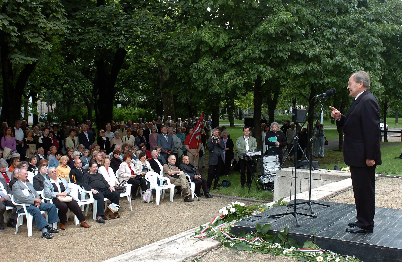 Fekete Pál író, tanár, egykori 56-os elítélt beszél / Fotó: MTI