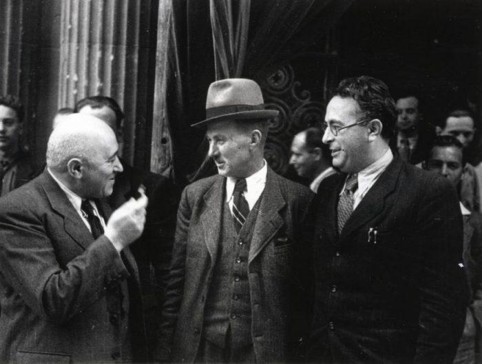 Rákosi Mátyás 1948-ban, úton a cél, a totális diktatúra kiépítése felé. Forrás: fortepan.hu